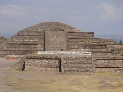 Temple of Quetzalcóatl (the plumed serpent)