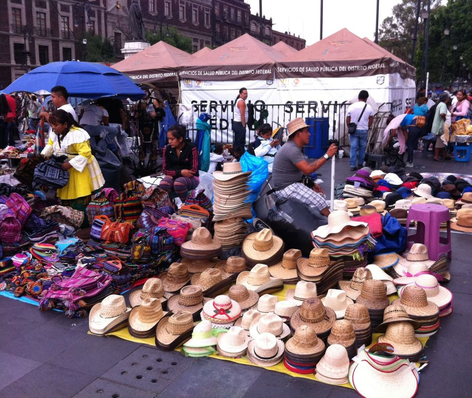 hat seller DF