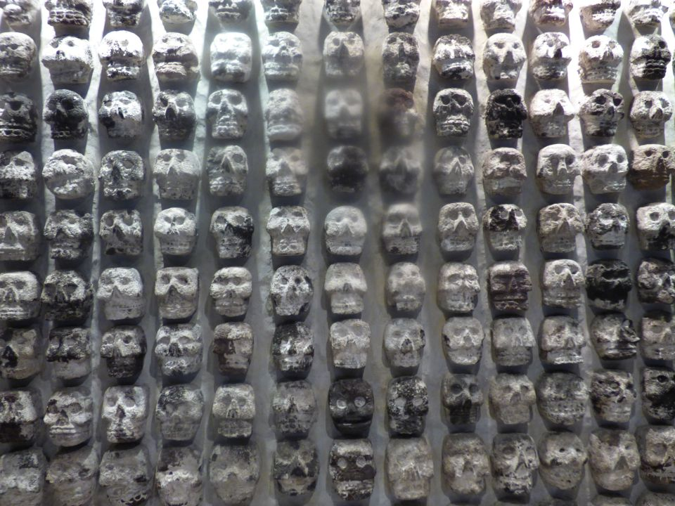 Tzompantli, or wall of skulls.